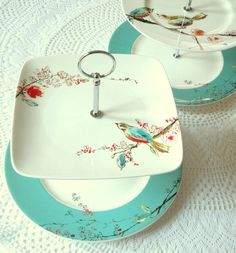 Square Lenox Chirp Plates in Lovebirds