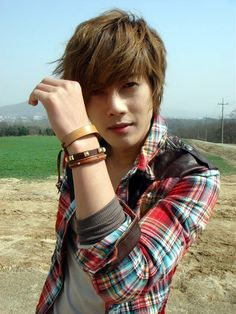 Kim Hyun Joong ♥ Boys Over Flowers ♥ Playful Kiss ♥ City Conquest ♥ Asian Korean Hairstyles, Korean Men Hairstyle, Japanese Hairstyles, F4 Boys Over Flowers, Boys Before Flowers, Playful Kiss, Kim Bum, Lee Min Ho, Asian Actors
