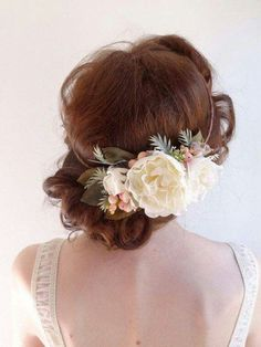 Built using the floral crown method but meant to be worn off to the SIDE.