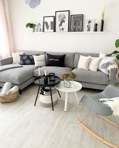 Discover recipes, home ideas, style inspiration and other ideas to try. Living Room Interior, Living Room Furniture, Living Room Decor, Living Room Goals, Dream Furniture, Living Room Inspiration, Apartment Design, New Room, Modern House Design