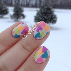 Cute and colorful hearts for Valentine's by @manibyannie.