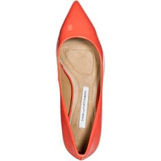 DIANE VON FURSTENBERG Peach Nectar Patent Leather Anette Pumps (€130) ❤ liked on Polyvore featuring shoes, pumps, heels, patent leather pointed toe pumps, pointy toe pumps, patent leather pumps, patent pumps and patent pointed toe pumps