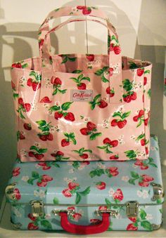 Cath Kidston Strawberry Print anything Strawberry Fields, Strawberry Shortcake, Cath Kidston Bags, Strawberry Kitchen, Strawberry Decorations, Pip Studio, Everything Pink, Kitsch, Purses And Bags
