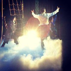 Sneak Peek Of Jeremy Jordan Onstage In FINDING NEVERLAND <--- All I saw was Jeremy Jordan but I'm hooked……DDDYYYIINNNGGGGGG