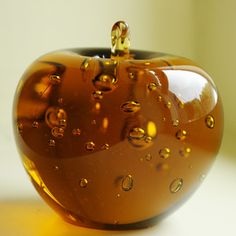 Glass Apple, 36€, now featured on Fab.