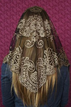 Authentic Spanish Camellia Mantilla - Veils by Lily