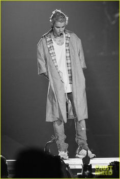 Justin Bieber Begins 'Purpose World Tour' in Seattle - Peep the Complete Set List!: Photo #939694. Justin Bieber keeps things cool and casual during his first concert as part of the Purpose World Tour held at KeyArena on Wednesday evening (March 9) in Seattle,…