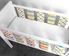 Use siderails from baby bed for headboard and decorate with fabric Baby Crib Bedding, Baby Bedroom, Sewing Toys, Baby Sewing, Bed Bumpers, Diy Bebe, Ideias Diy, Baby Couture, Baby Crafts
