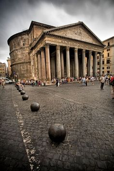 The Pantheon, Rome, Italy - commissioned by Marcus Agrippa during the reign of Augustus BC - 14 AD) and rebuilt by the emperor Hadrian about 126 AD. Part of UNESCO World Heritage Site: Historic Centre of Rome Rome Travel, Italy Travel, Places To Travel, Places To See, Wonderful Places, Beautiful Places, Visit Rome, Bósnia E Herzegovina, Italy Vacation