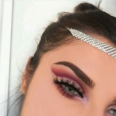 Simple natural eye makeup tutorial step by step everyday colorful pink peach hooded eye makup for eye glasses for beginners # eyes # eyeshadow # Beauty # Fashion # Women' Makeup On Fleek, Cute Makeup, Glam Makeup, Gorgeous Makeup, Beauty Makeup, Makeup Looks, Pretty Makeup, Makeup Guide, Eye Makeup Tips
