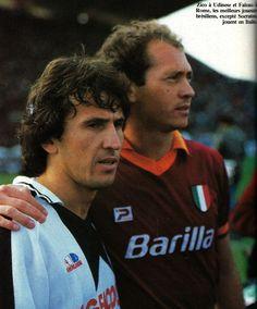Paulo Roberto Falcao y Arthur Antunes Coimbra. Falcao y Zico.