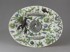 Plat : décor de batraciens et poissons sur fond blanc, Bernard Palissy, end of 16th or early 17th C. / Sèvres, Cité de la céramique