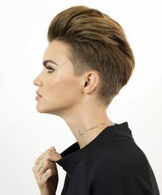"""Super Awesome Ruby Rose-Short-Haircuts You""""ll Love to"""