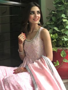 Maya Ali Biography is full of amazing performances she's given so far. The lady has no doubt conquered the Pakistani industry with her blockbuster dramas. Pakistani Girl, Pakistani Actress, Pakistani Dresses, Indian Party Wear, Indian Wear, Wedding Dresses For Girls, Girls Dresses, Wedding Outfits, Indian Bridal Sarees