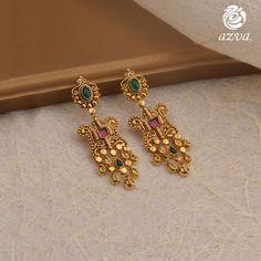 Top Designer Gold Earring Collections Are Here! Gold Jhumka Earrings, Jewelry Design Earrings, Gold Earrings Designs, Ear Jewelry, Necklace Designs, Gemstone Earrings, Hoop Earrings, Handmade Wedding Jewellery, Wedding Jewelry