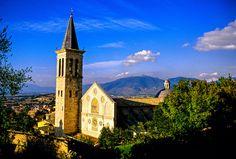 Duomo, Spoleto, Umbria, Italy Umbria Italy, Cathedral, Beautiful Places, Gallery, Building, Travel, Image, Italia, Voyage