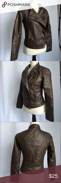 Forever 21 faux leather jacket, moto choco brown S Used XXI brown color moto jacket, brown color size S Forever 21 Jackets & Coats