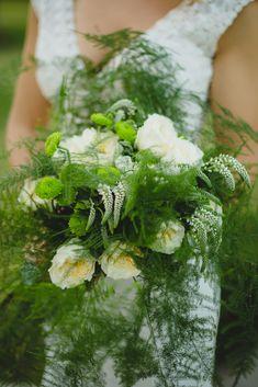 Romantic wedding with white roses Romantic Weddings, Real Weddings, Rose Wedding, Wedding Flowers, Wedding Designs, Wedding Styles, Botanical Wedding, White Roses, Wedding Season