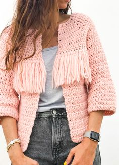 Crochet Kit Petite Wool Valira Cardigan See other ideas and pictures from the category menu…. Gilet Crochet, Crochet Cardigan Pattern, Crochet Jacket, Crochet Patterns, Pull Crochet, Mode Crochet, Knit Crochet, Vogue Knitting, Knitting Kits