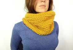LOOM LOOM LOOM **** How to Loom Knit a Cowl in Seed Stitch (DIY Tutorial)