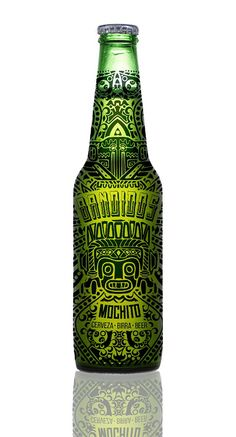 this is a very nice bottle because of how the entire bottle is one big design which looks very cool and catchy. also the colors look great with the green and yellow blend to it. i like the myin look of the bottle Food Packaging Design, Beverage Packaging, Bottle Packaging, Coffee Packaging, Design Da Garrafa, Craft Beer Labels, Wine Labels, Beer Label Design, Beer Art