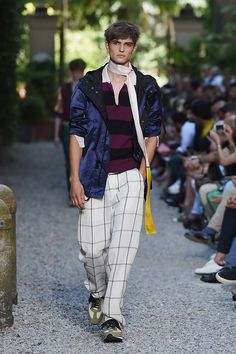 Andrea Pompilio SpringSummer 2016 Collection - Milan Fashion Week - DerriusPierreCom (7)