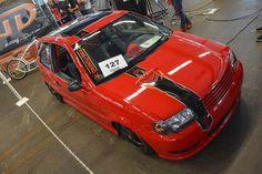 VW Polo 6N – schwarz, rot, geil  http://www.autotuning.de/vw-polo-6n-schwarz-rot-geil/ Airbrush, Airride, VW, VW Airride, VW Polo, VW Polo 6N