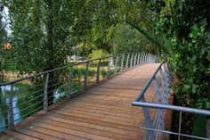 Green zone around Mouchão Bridge in the City of Tomar in Portugal