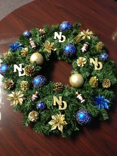 Notre Dame Christmas Wreath 24 by bmckeen on Etsy Holiday Crafts, Christmas Diy, Christmas Wreaths, Christmas Decorations, Holiday Decor, Go Irish, Irish Art, Notre Dame Irish, How To Make Wreaths