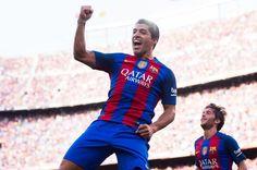Luis Suárez y Messi anotan cinco goles y Barcelona pasa rodillo