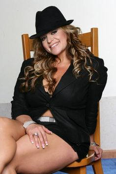 Jenni Rivera (yes,as female bodybuilder) Jenny Rivera, Arnold Classic, Celebs, Celebrities, Full Figured, Big And Beautiful, Hot, Sexy, Curvy