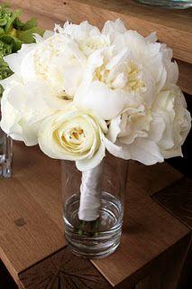 pretty white and cream bouquet