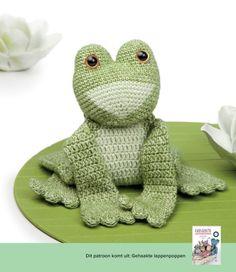 Crochet frog, gehaakte kikker (a la Sasha) | Happy in Red