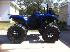 Lifted ATV   post pics of grizzly with lift - Yamaha Grizzly ATV Forum. Stupid but sexy