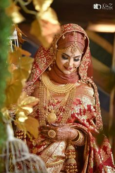 Muslimah Wedding Dress, Muslim Wedding Dresses, Hijab Bride, Muslim Brides, Pakistani Bridal Dresses, Wedding Dresses For Girls, Muslim Couples, Wedding Girl, Indian Bridal Photos
