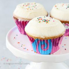 Sprinkles Copycat Vanilla Cupcakes {the cupcake is a dense but delicious cupcake; the icing is AMAZING and I will definitely be making this my go-to vanilla icing from now on}