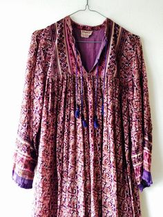 RESERVED for Tarryn! Amazing original 1970s Indian block print cotton gauze hippie festival dress. Fits a size small medium