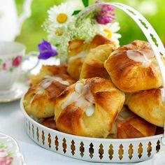 Fika, Potato Salad, Cake Recipes, Deserts, Semlor, Ethnic Recipes, Mat, Food Cakes, Journal