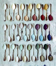 Spoon swatches ~ Find old spoons at a thrift store. Dip each spoon to match the paint colors you've used . Save for a fun color match reference, or to slip in your purse when shopping.