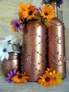 hot glue decorated vase, then spray paint!! Wine Bottle Art, Diy Bottle, Wine Bottle Crafts, Mason Jar Crafts, Wine Bottles, Bottle Vase, Plastic Bottle, Mason Jars, Glue Gun Projects