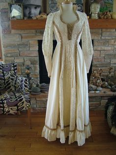 Vintage Wedding dress Jessica mcKlintock Gunne Sax alternative fairy celtic wedding gunne saxe1970s boho hippie chic dress. $199.00, via Etsy.