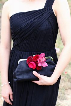 This is the look the mothers would like in white with thistle--the mother of the bride purse will likely look like this one, in navy