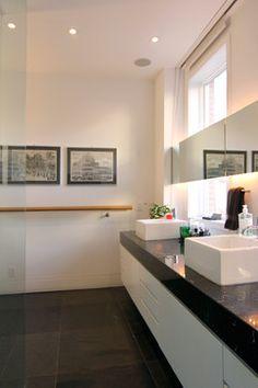 Photo: Susan Armstrong © 2013 Houzz modern bathroom