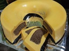 Cake Puding Morina by Nurmy Soerya Indonesian Desserts, Sponge Cake, Tart, Caramel, Food And Drink, Cooking Recipes, Pudding, Sweets, Homemade