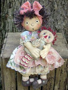 MY DOLL'S DOLLY-e-pattern,primitive,pattern,cloth,doll,cloth doll,doll pattern,dolly,raggedy,hanky,hankerchief,flat doll,pancake doll