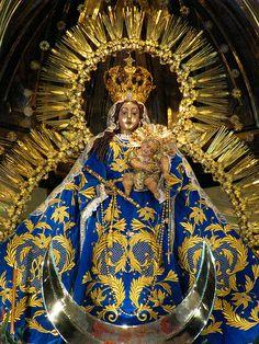 Imagen de Nuestra Señora del Rosario, templo de Santo Domingo, miércoles 7 de octubre de 2009.