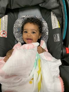 """""""My daughter is sooo happy & gorgeous 🥺🧡 I love her more than she'll ever know"""" So Cute Baby, Cute Mixed Babies, Cute Black Babies, Black Baby Girls, Beautiful Black Babies, Pretty Baby, Little Babies, Baby Kids, Really Cute Babies"""