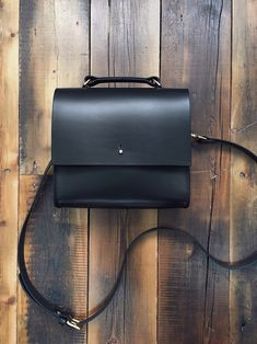 The perfect minimal crossbody | Made in England | Grace Gordon Handbags - Sale! Up to 75% OFF! Shop at Stylizio for women's and men's designer handbags, luxury sunglasses, watches, jewelry, purses, wallets, clothes, underwear