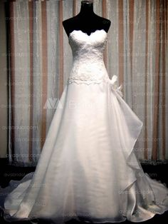 Simple Wedding Dress - Ebony