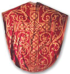 Casula borromaica rossa decorata a tessuto